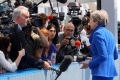 Theresa May zabiera głos - PRZECZYTAJ dramatyczny apel premier UK na Facebook`u