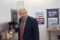"""""""12 pytań do Borisa Johnsona"""" - Zobacz, jak premier reklamuje się przed wyborami i pozwala sobie na kontrowersyjne uwagi o opozycji"""