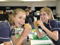 Food Revolution Day, czyli ostra kampania o otyłości dzieci!