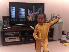 Ten pięciolatek jest lepszy od Bruce'a Lee! Zobacz FILMIK!