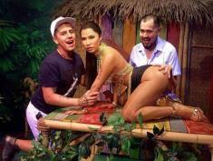 Nicki Minaj molestowana przez fanów! Straszny widok!