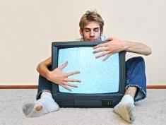 Czy telewizja wpływa na nasze myślenie? Oto szokujące fakty!