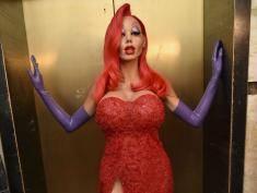 Która supergwiazda przebrała się za Jessicę Rabbit? Będziesz zaskoczony!