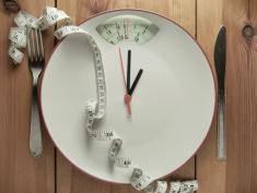 Przerywany post – sposób na kilogramy