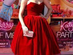 """Katy Perry odpowiada na """"głupie"""" plotki"""