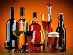 Wino z mewy lub wódka ze skorpionem. Wypiłbyś?