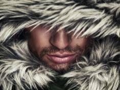 Zobacz nieprawdopodobną przeminę człowieka w wilka!