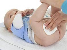 UWAGA: Nawilżane chusteczki dla dzieci zawierają mnóstwo szkodliwych substancji!