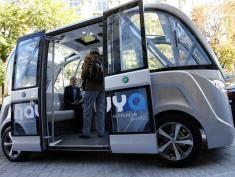 Samochody bez kierowców już wożą ludzi