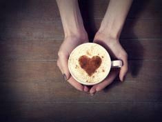 Chcesz być sprawna do późnej starości? Pij kawę!