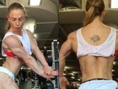 Przesadziła z siłownią? Komu podobają się kobiety kulturystki? [wideo]