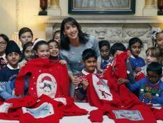 Christmas Jumper Day: dzisiaj wszyscy nosimy świąteczne swetry i pomagamy potrzebującym dzieciom!