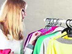 Czy kupowanie w charity shops to wstyd? A kto bogatemu zabroni!