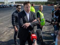 Kim jest Elon Musk?