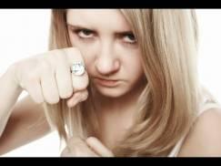 Ten pierścionek sprawi, że będziesz czuła się bezpieczniej!