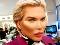"""Rodrigo Alves, czyli """"Żywy Ken"""" chce zmienić płeć. Jeszcze tylko tego w sobie nie zmieniał!"""