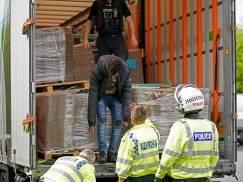 Polak przemycał nielegalnych imigrantów do Wielkiej Brytanii!