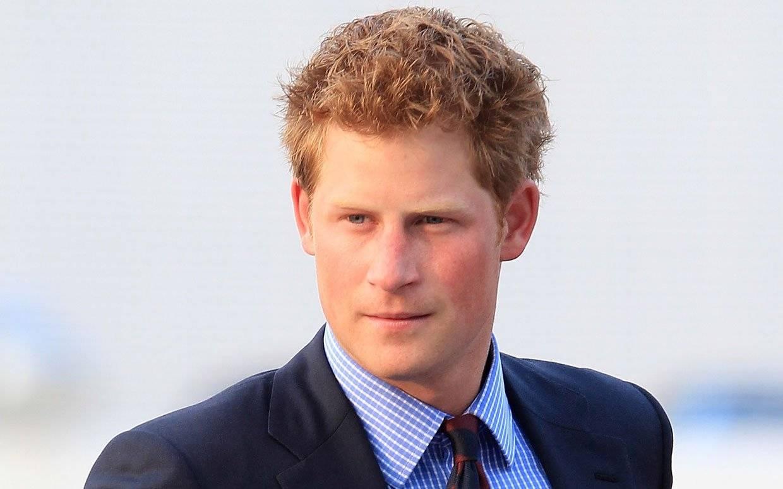 SZOK! Książę Harry zostanie ojcem?! A matką...