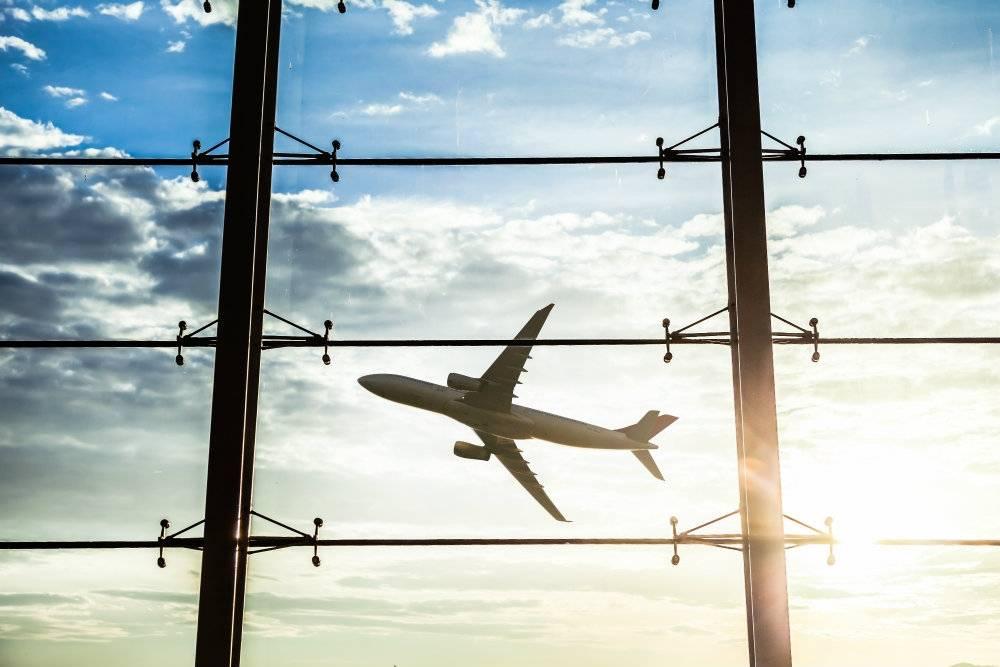 Jak wystrzegać się pasażerów, którzy zatruwają ci życie na lotnisku i w samolocie?