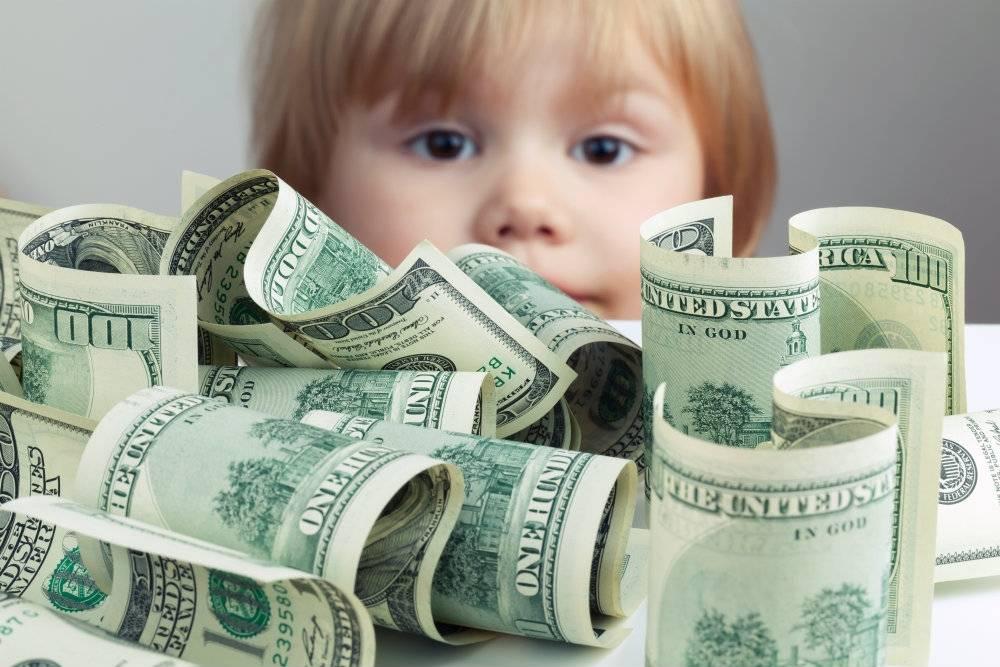 Dzieci  milionerów w Londynie szydzą z biedniejszych rówieśników!