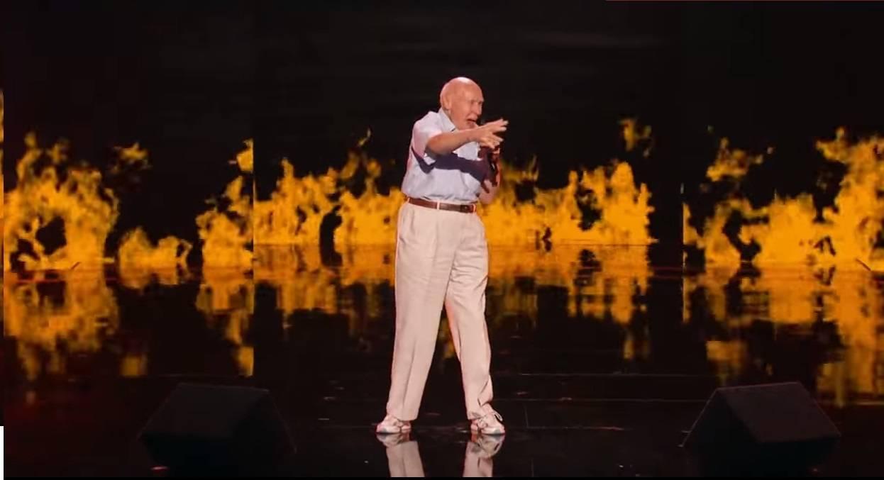 Staruszek rzucił na kolana widzów Mam Talent!
