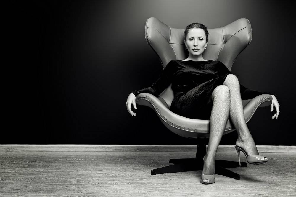 Czy wygląd kobiety ma wpływ na jej zarobki? Odpowiedź może cię zszokować!