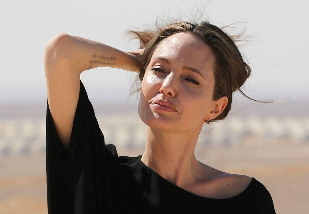 Angelina Jolie już prawie wolna, wybierz dla niej idealnego partnera [quiz]