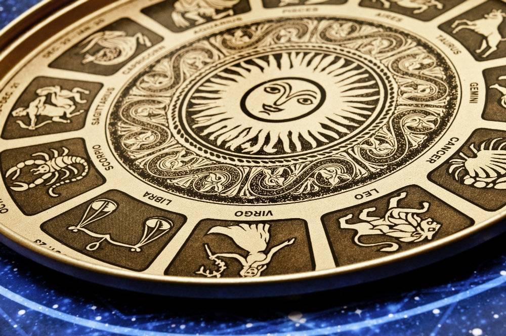 Horoskop na listopad