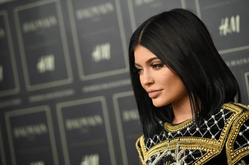 Kylie Jenner: miała operacje plastyczne czy nie?