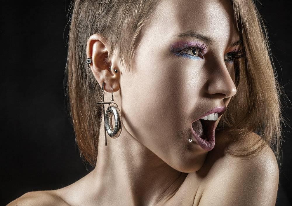 Chciałbyś mieć gwiazdkę z nieba? Sprawdź najnowszą modę w piercingu!
