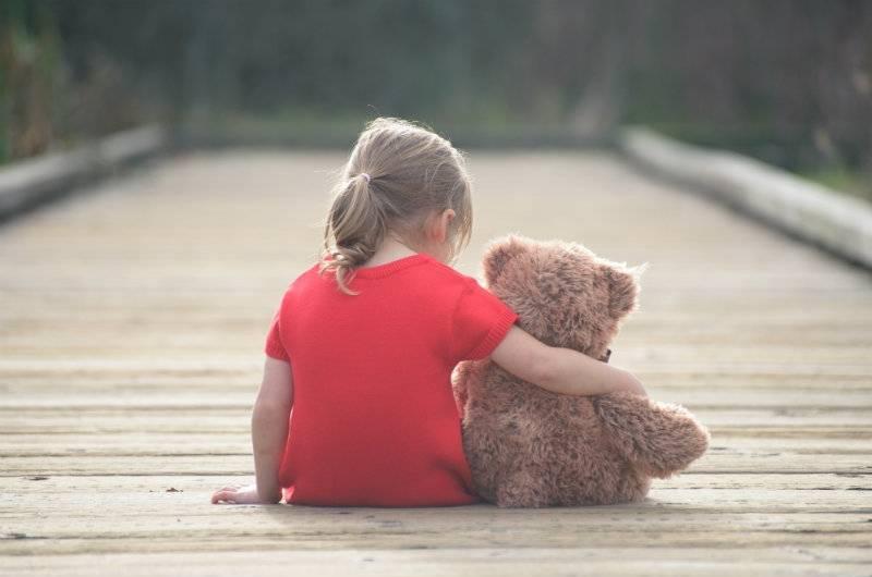 Trudne wybory: Zostawić dziecko dziadkom i wyjechać za granicę?