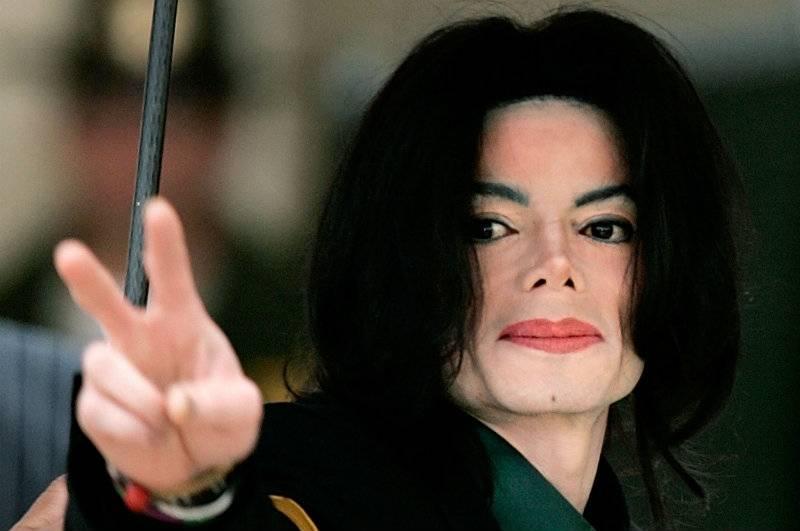"""Michael Jackson został zamordowany? W listach pisał, że """"boi się o swoje życie"""""""
