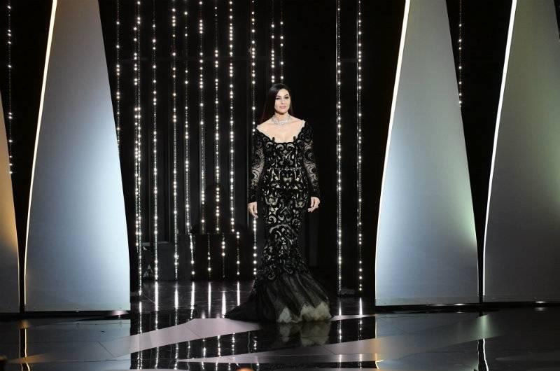 Zjawiskowa Monica Bellucci zamknęła festiwal w Cannes