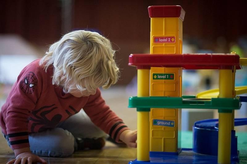 Jak zaoszczędzić na wydatkach na dziecko?