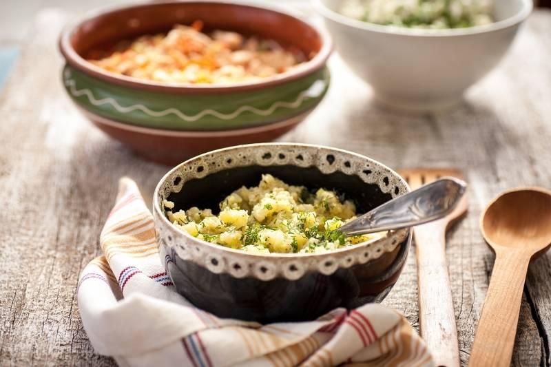 Najłatwiejszy przepis na sałatkę ziemniaczaną